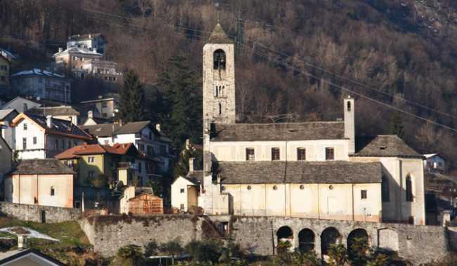 Crevoladossola veduta chiesa
