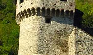 corta castello vogogna torre