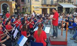 corta orchestra giovaninbanda mercato
