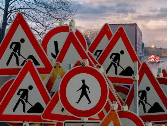 lavori strada cartelli