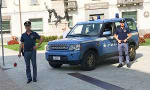 polizia jeep paletta domo