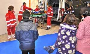 b croce rossa volontari scuole