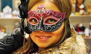 corta carnevale ragazza maschera
