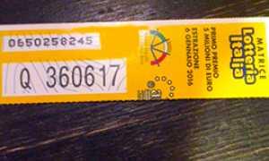 corta lotteria biglietto vincente