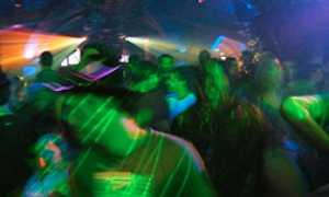 corta movida ubriachi disco party