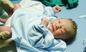 corta ospedale punto nascite bambino