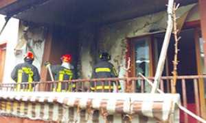 corta vigili fuoco casa fumo